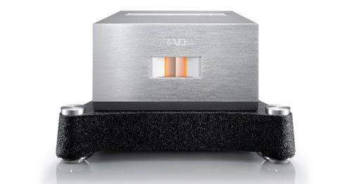 TAD M700